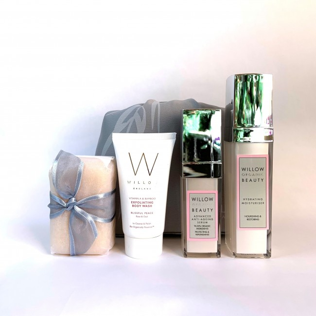 NEW Anti-Ageing Summer Skincare Bag